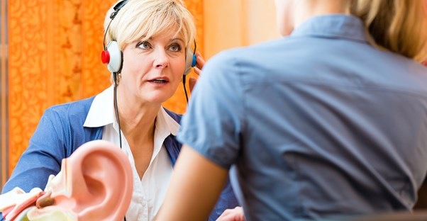 Older woman gives major attitude to those who disrupt her headphone jam sessions