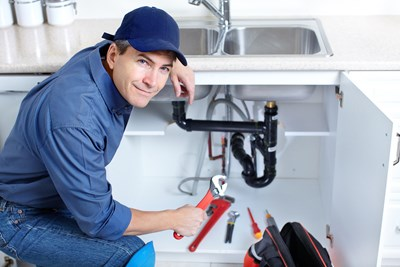 Pros and Cons of Being a Plumber