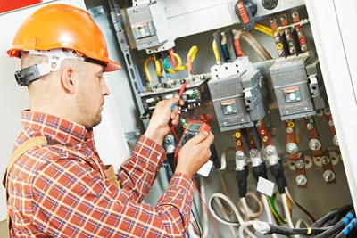 Electrician vs. Electrical Engineer: What's the Difference?