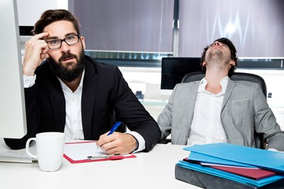 17 Signs Your Co-Worker Hates You
